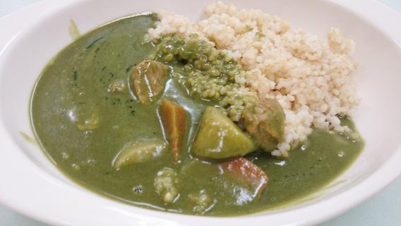 緑色カレー