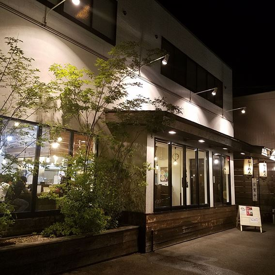 如水「名古屋の塩ラーメン」本店、西春店を食べ比べた感想。混雑状況は?駐車場は?
